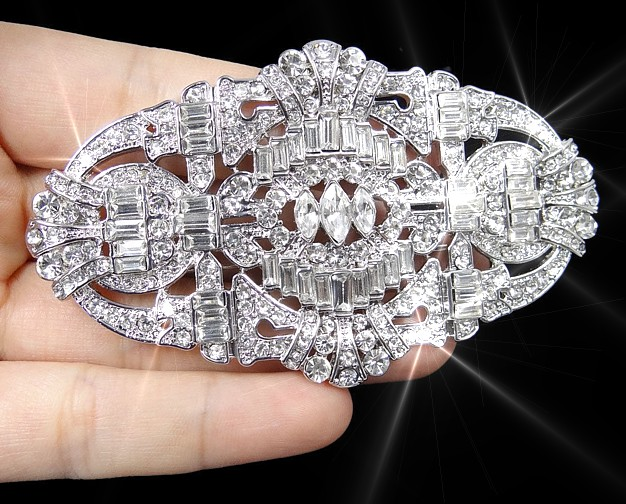 Great Gatsby Buckle Brooch
