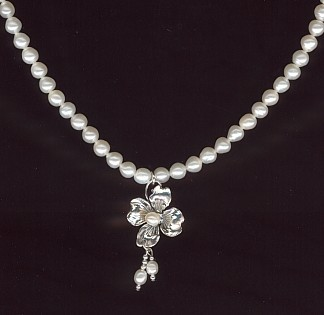 Prairie Pearl Rose Necklace