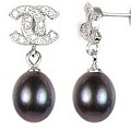 Designer Pearldrop Earrings Black